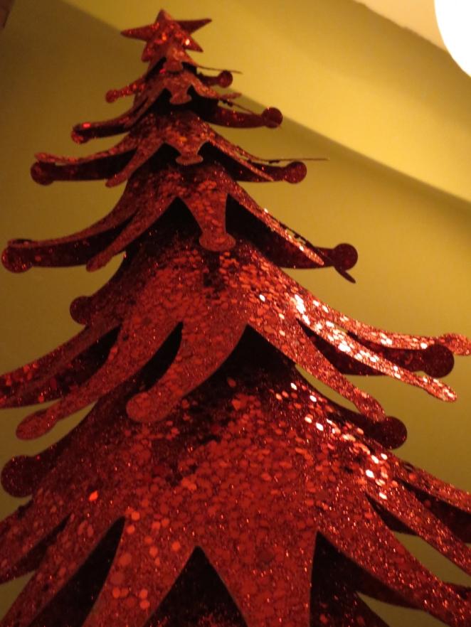 08sparkly tree